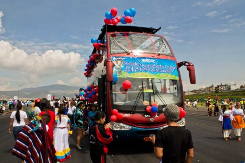 bus_globos_bicentenario
