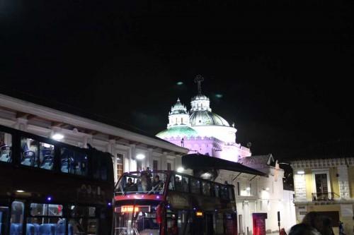 bus_noche_iglesia