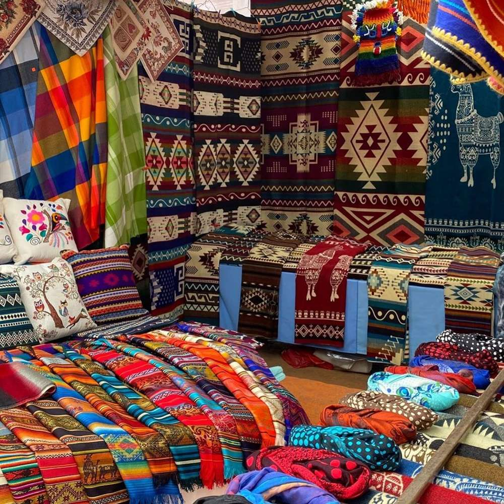 day trip from quito to otavalo