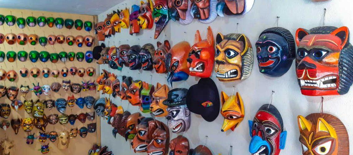 ecuadorian-handicrafts
